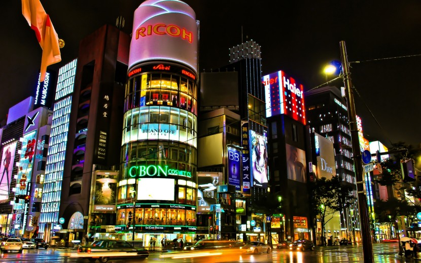 tokyo_japan_night_lights_20130817_1808412182